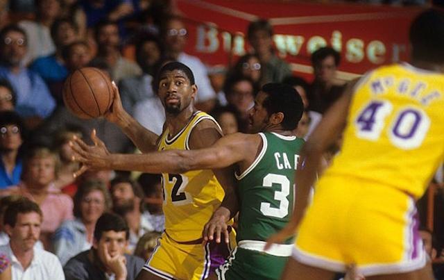 لیگ بسکتبال NBA مجیک جانسون
