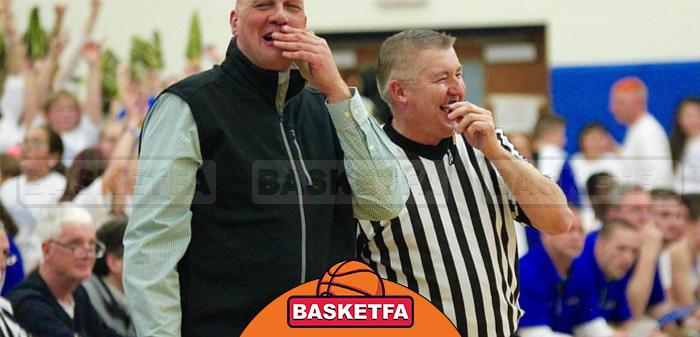 تاثیرگذاری بر داوران بسکتبال با لبخند زدن