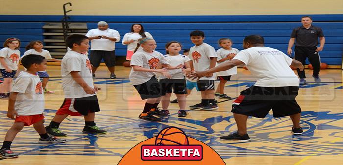 مربی بسکتبال